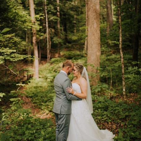 Chapel Wedding in the Mountains | Ratliff Wedding | Kentucky Wedding Photographer
