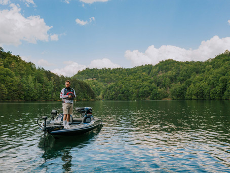 Senior Portraits on the Lake | PCCHS Graduate Derek Brewer | Kentucky Senior Photographer