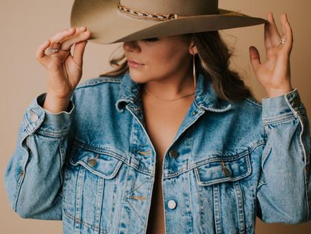 Fun Studio Portraits with Country Music Artist Sydney Adams  | Kentucky Portrait Photographer