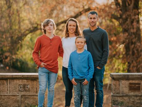 Portraits with the Montgomerys at Bobby Davis Park | Hazard, KY | Kentucky Family Photographer