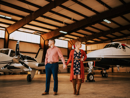 Airport Engagement Session | Hazard, KY | Kentucky Wedding Photographer
