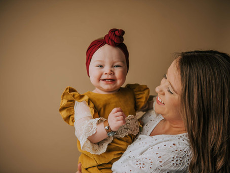 Mommy and Me Portraits with Zoie and Sadie | Hazard, KY | Kentucky Family Photographer