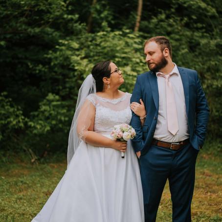 The Fletchers Say I Do | Sweet Backyard Wedding | Kentucky Wedding Photographer
