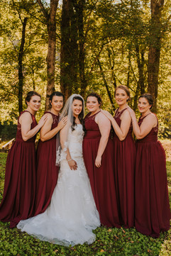 Kalena + her bridesmaids