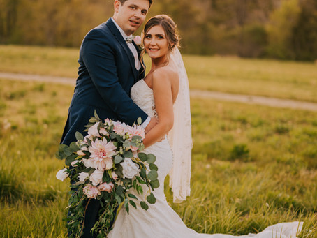 Early Summer Wedding at Sugar Camp Golf Course | Mr + Mrs Robinson | Kentucky Wedding Photographer