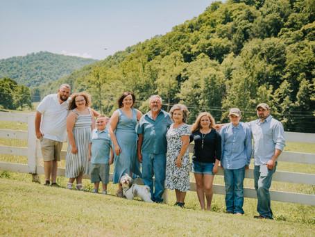 Family Portraits at Miniard Farm   Cornettsville, KY   Kentucky Family Photographer