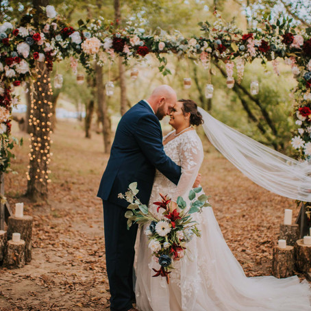 Fall Wedding by the River at The Perfect Place | Hazard, KY | Kentucky Wedding Photographer