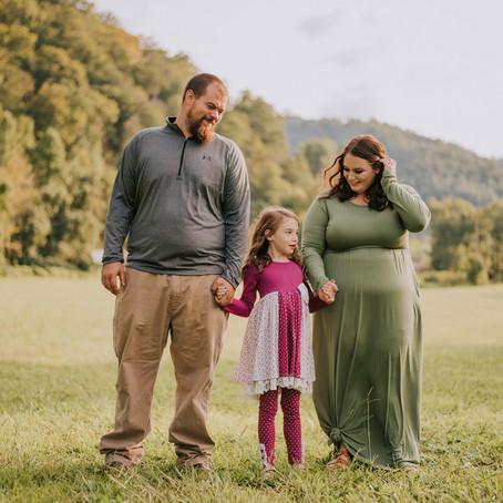 Sweet Family Session with Tyler + Greg   Cornettsville, KY   Kentucky Family Photographer