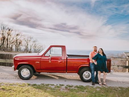 Spring Mountain Top Portraits with Jade + Shade | Whitesburg, KY | Kentucky Family Photographer