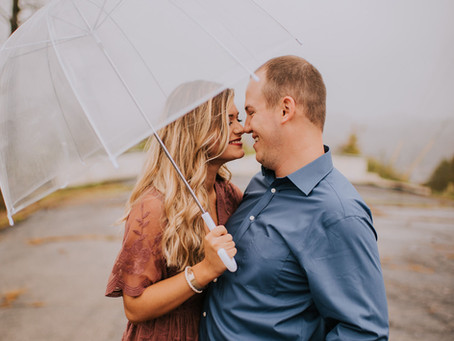 Engagement in the Queen City of the Mountains | Kentucky Engagement Photographer