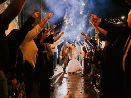 Classy Fall Wedding at Benham Schoolhouse Inn   Cumberland, KY   Kentucky Wedding Photographer