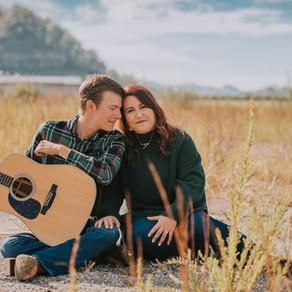 Fall Engagement Portraits with Amanda + Blake | Hazard, kY | Kentucky Wedding Photographer