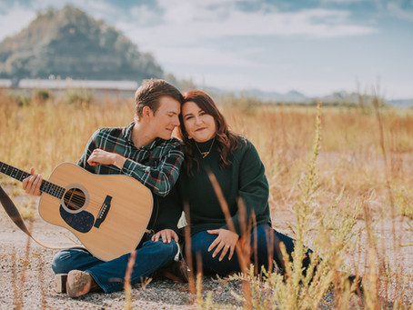 Fall Engagement Portraits with Amanda + Blake | Hazard, kY | Kentucky Wedding Photographer