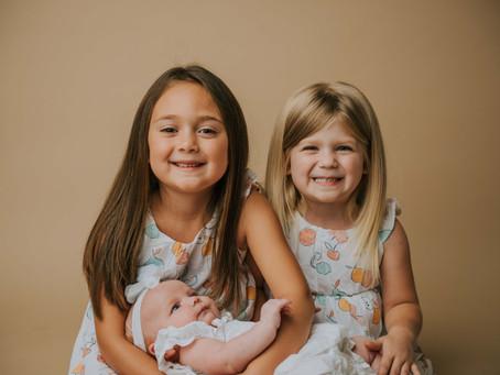 Fun Sisters Session   Hazard, KY   Kentucky Family Photographer