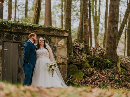 Gorgeous Winter Wedding at Pine Mountain Settlement School | Kentucky Wedding Photographer