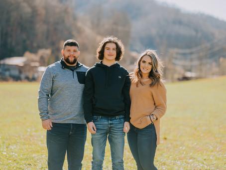 Fall Family Portraits | Cornettsville, KY | Kentucky Family Photographer