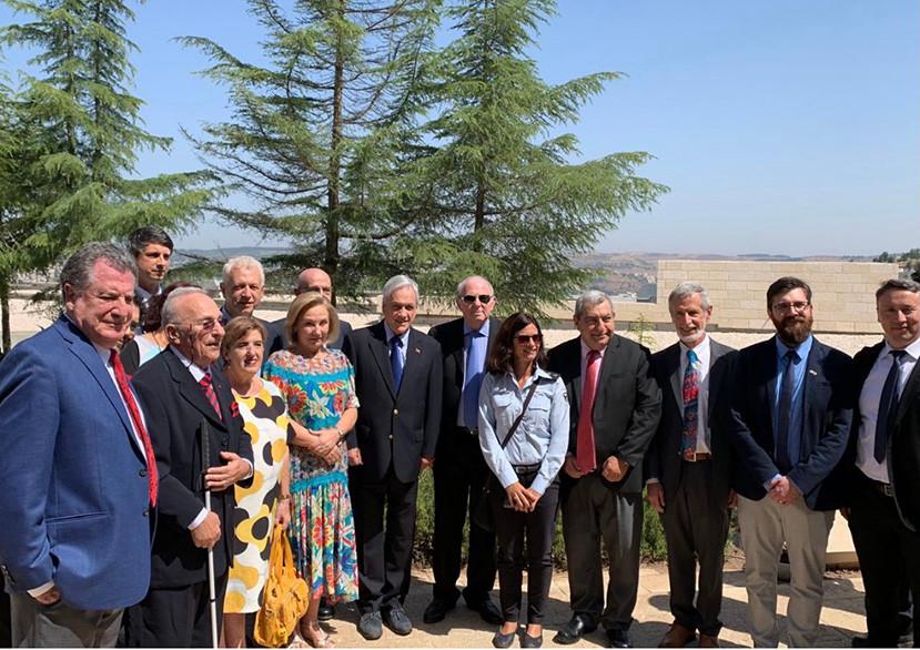 Junio 2019. Con el presidente Piñera durante su visita a Israel. Encuentro organizado por chilenos residentes en Israel, en Jerusalem, en honor al presidente. Foto: cedida por el entrevistado.