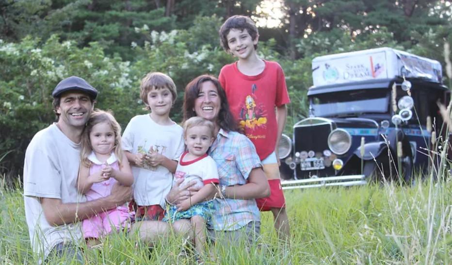 La familia Zapp quiere a todo quien quiera escuchar que se puede soñar sin dinero. Foto: cedida por los entrevistados