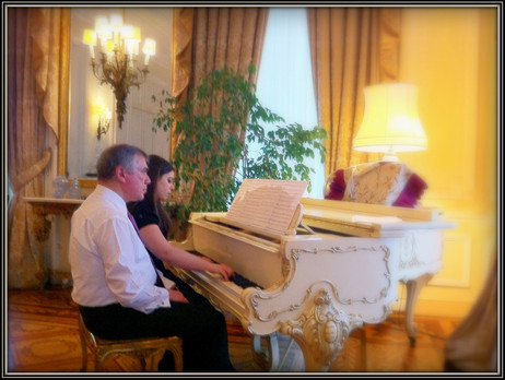A lovely photo of Lara and the Turkish Ambassador Ahmet Ünal Çeviköz during rehearsal