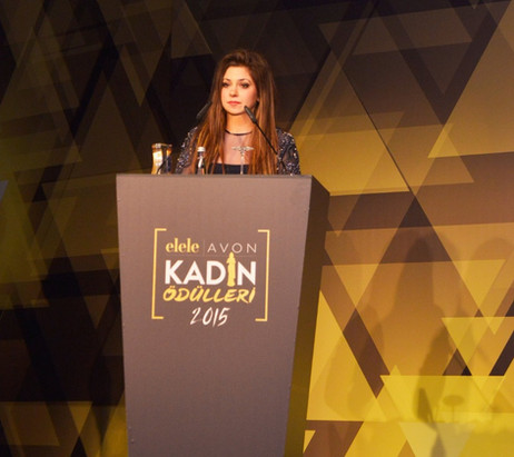 Lara Melda wins 'Elele-Avon Women of the Year Arts Award'