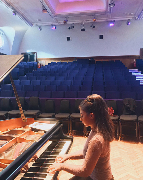 Lara performs at St Paul's Girls' School