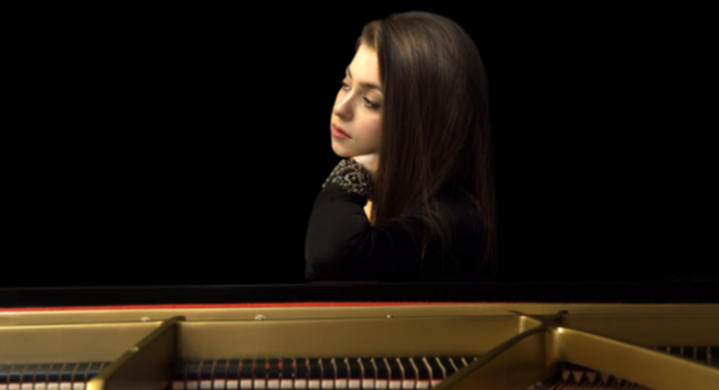 Lara Melda by Emrah Bostan