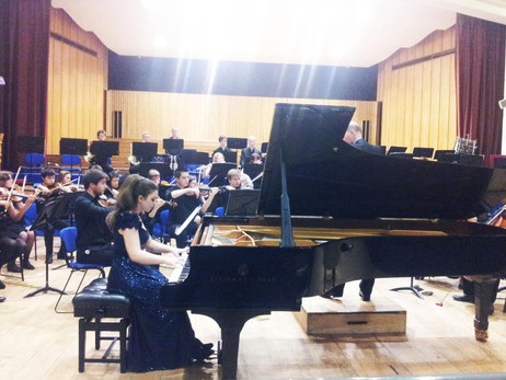 Lara performs with the Imperial College Symphony Orchestra conducted by Richard Dickins