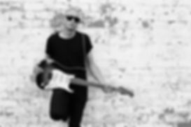 diesel-wall-guitar-3p.jpg