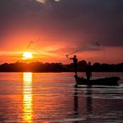 Pescadores_jogam_a_rede_num_lindo_final_