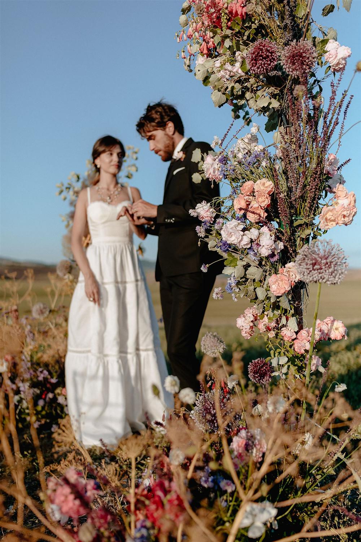 abito bianco per la proposta di matrimonio, fatto a mano da Andreia Cruz a Firenze