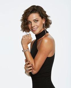 Clara Alvarado - Cosmopolitan