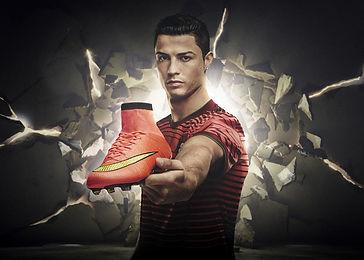 NIKE Mercurial Cristiano Ronaldo  maquillaje y pelo Nao Gayoso