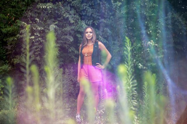 Artist: Paige Johnson Photographer: Danielle Shields Stylist: Carly Porter