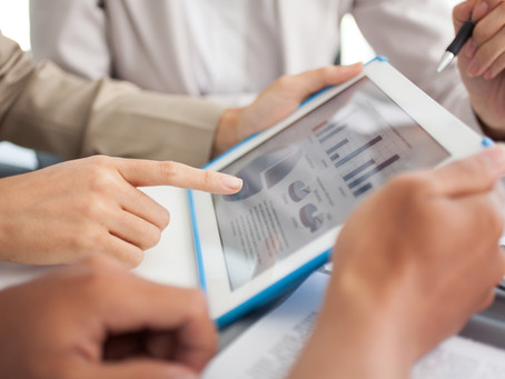 What Does A Financial Advisor Do