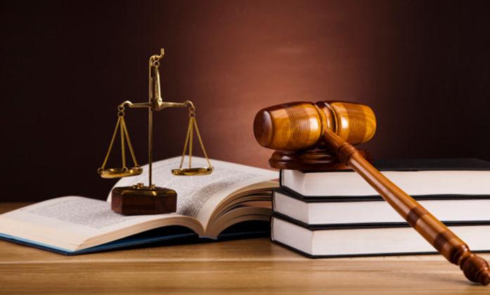 保险诉讼及reren'sh人身伤害f法