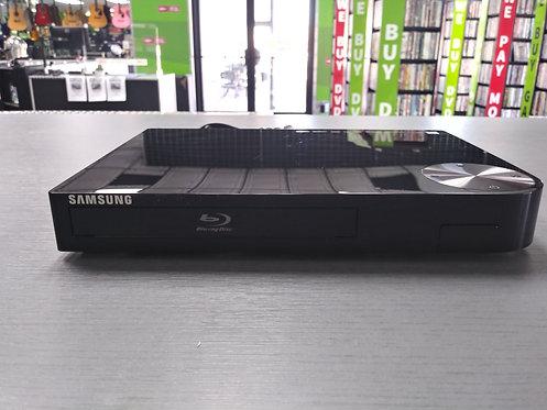 Samsung - BD-F5700 - Blu Ray Player With Remote