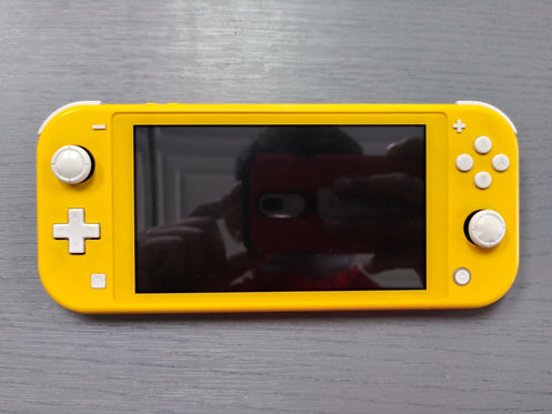 Nintendo - HDH-001 - Nintendo Switch Lite Yellow With Charger - Cedar City