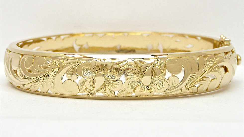 12mm 14K Gold Hibiscus Bangle