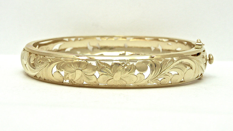 10mm 14K Gold Hibiscus Flower Bangle