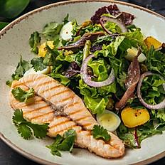 Стейк-салат с сёмгой