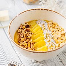 Смузи-боул манго-ананас-куркума