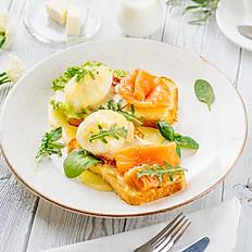 «Бенедикт» с лососем на тосте из  Бриошь