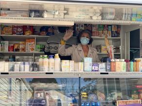 Garrigues & Au Marché Du Coin nourrisent les familles locales nécessiteuses avec des produits locaux