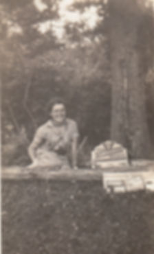 1935 Tuck Shop.jpg