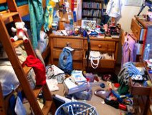 messy-bedroom-871785.jpg