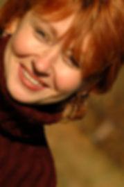 fotolia_77346, smiling lady at angle.jpg