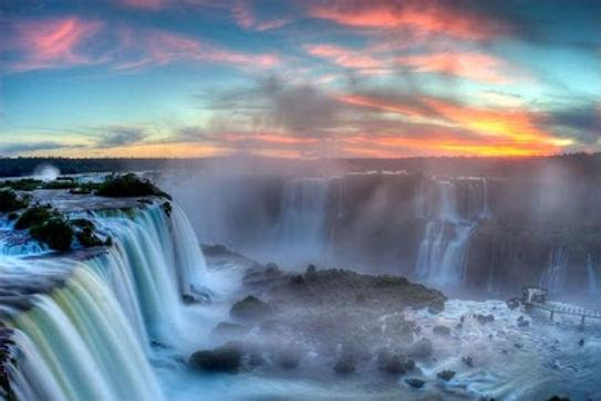 iguazu-falls-amazing-places-to-see-befor