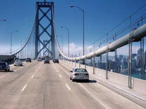 car-traffic-bridge-9526313.jpg