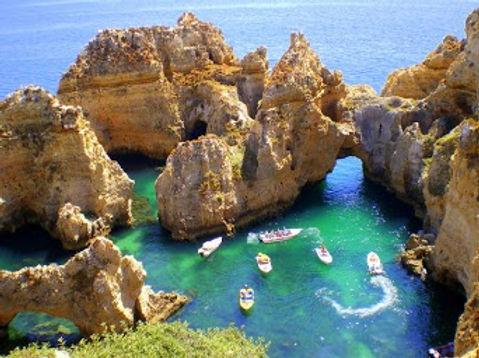 ponta-da-piedade-lagos-portugal-amazing-