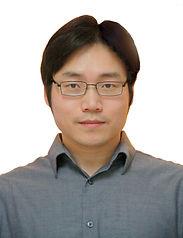 Sungwook-headshot.jpg